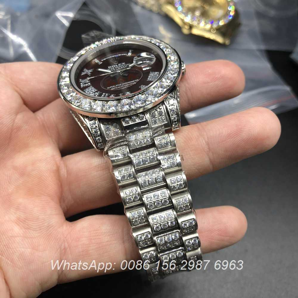 R092MH53, Rolex DayDate full diamonds dark red face