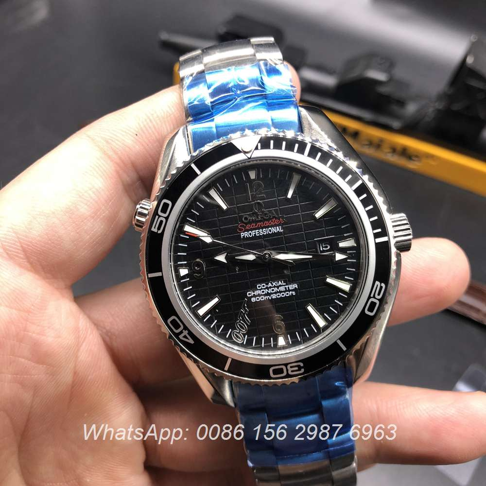 O035Z76, Omega 007 Seamaster automatic glass back
