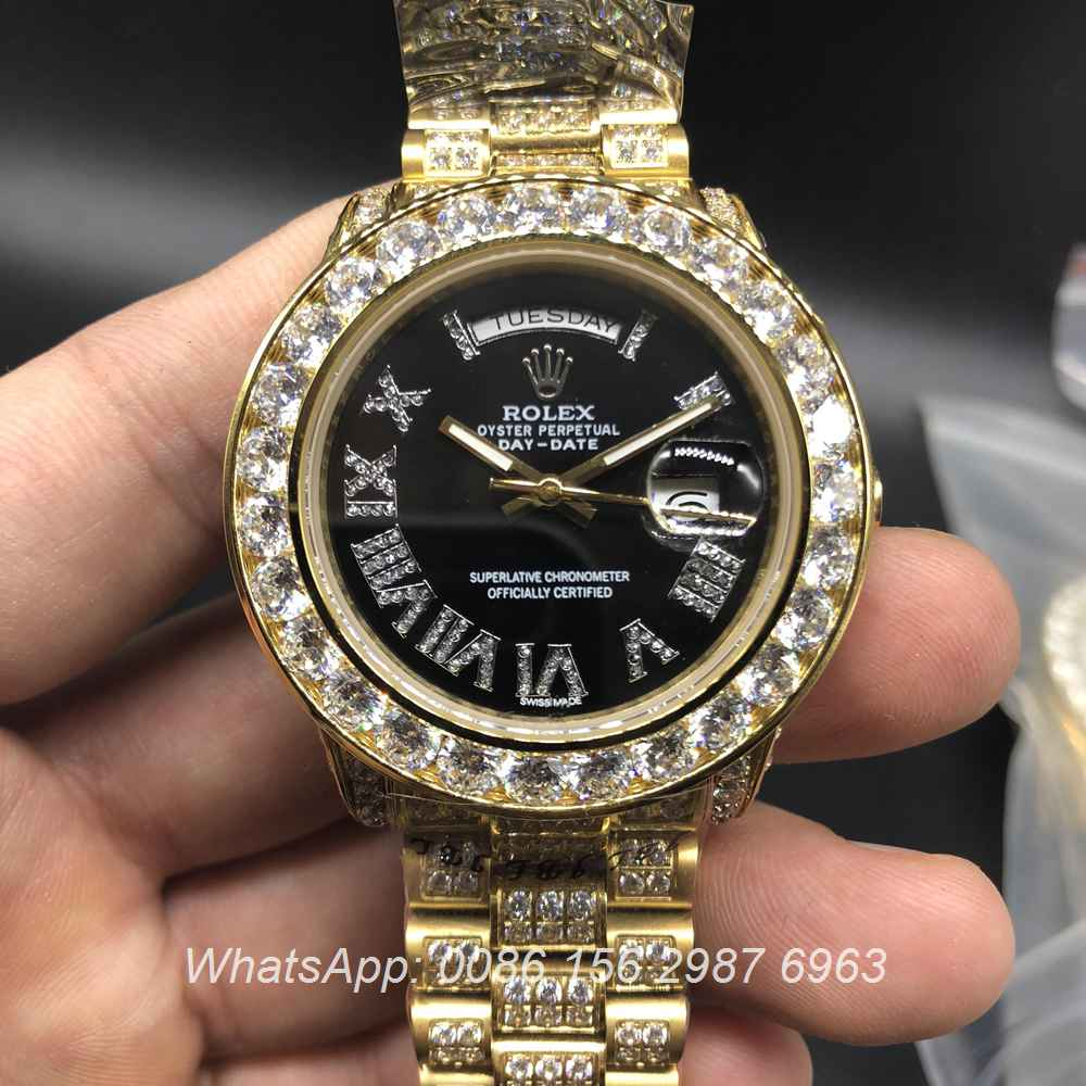 R097MH68, DayDate Rolex diamonds Gold/black