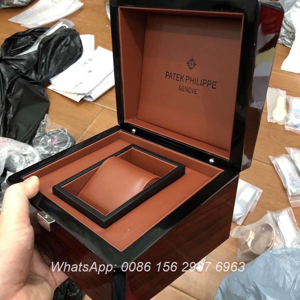 Patek Wooden box #50