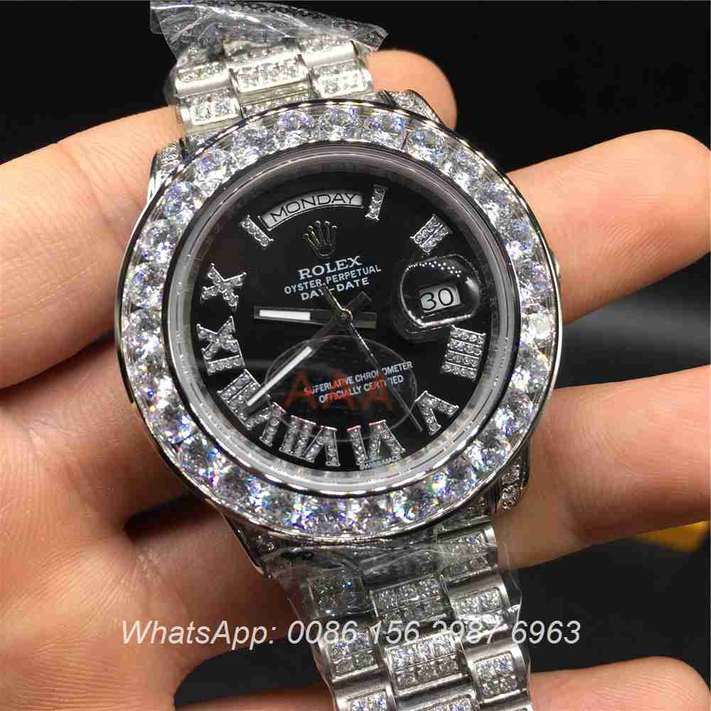 R092MH56, Rolex DayDate silver/black diamonds