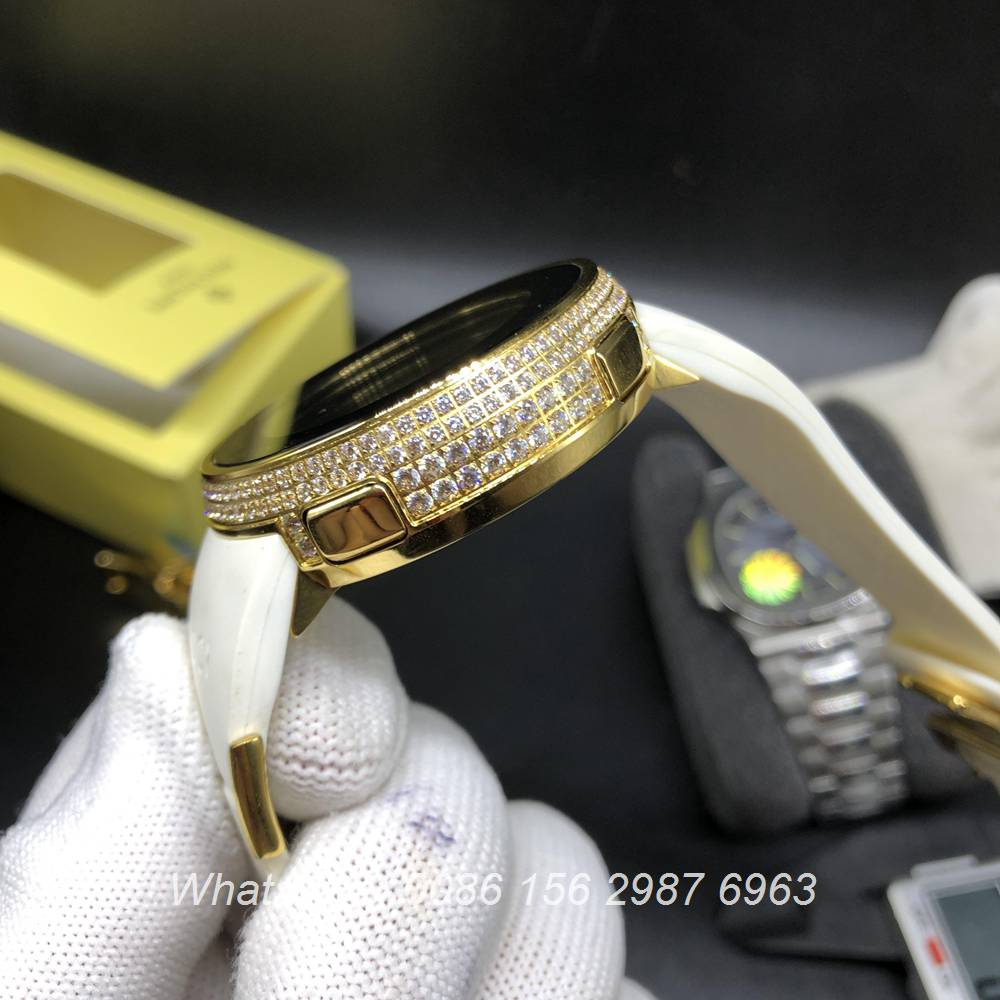 G055Z168, Grammy Awards Music Gucci Special Edition diamonds gold case digital watch