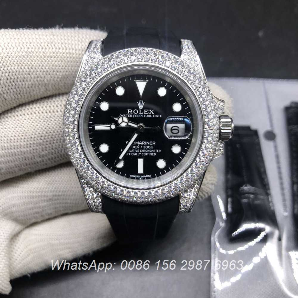 R185SF338, SUB iced out silver case with black dial black rubber come with an extra leather