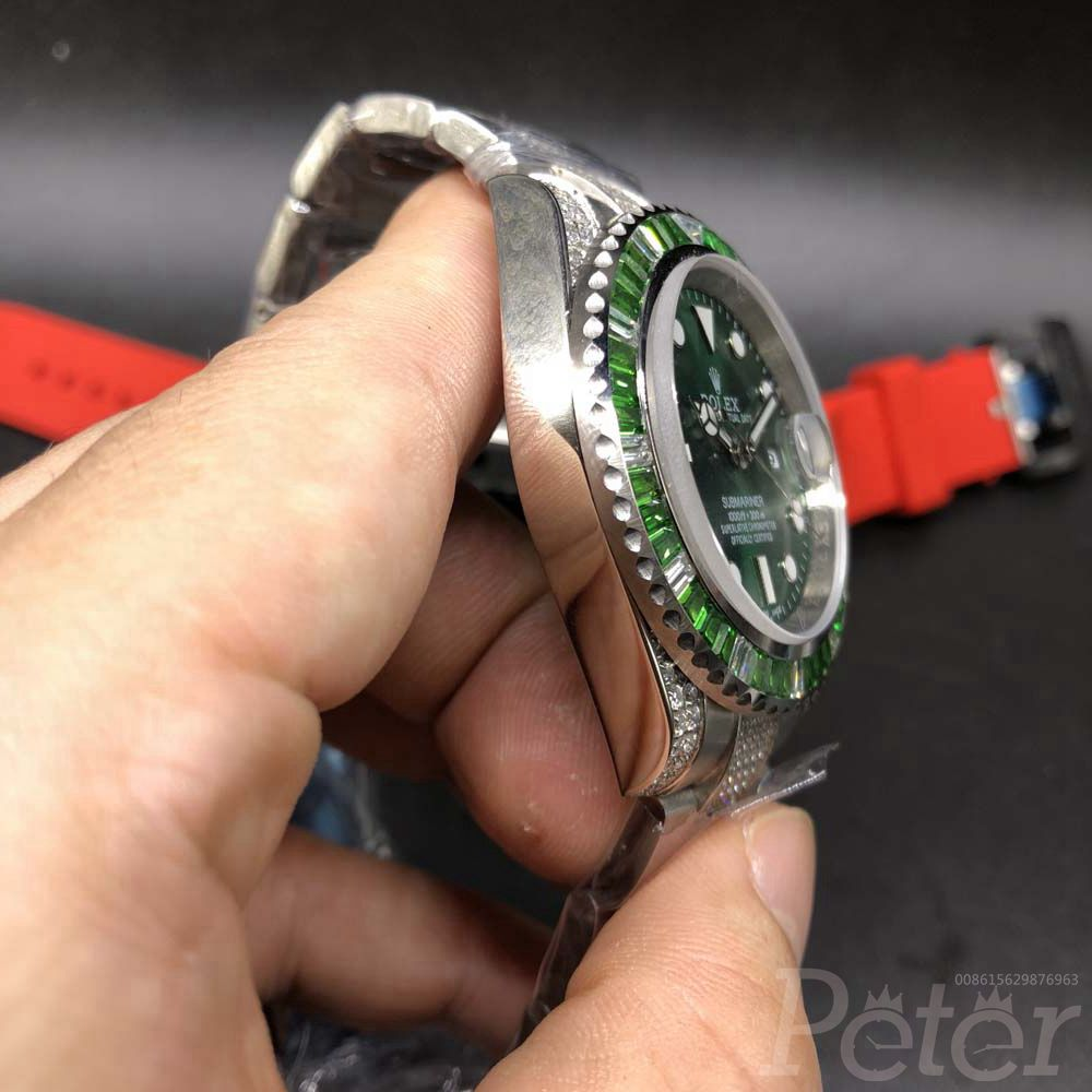 SUB diamonds bezel green face MH7EK