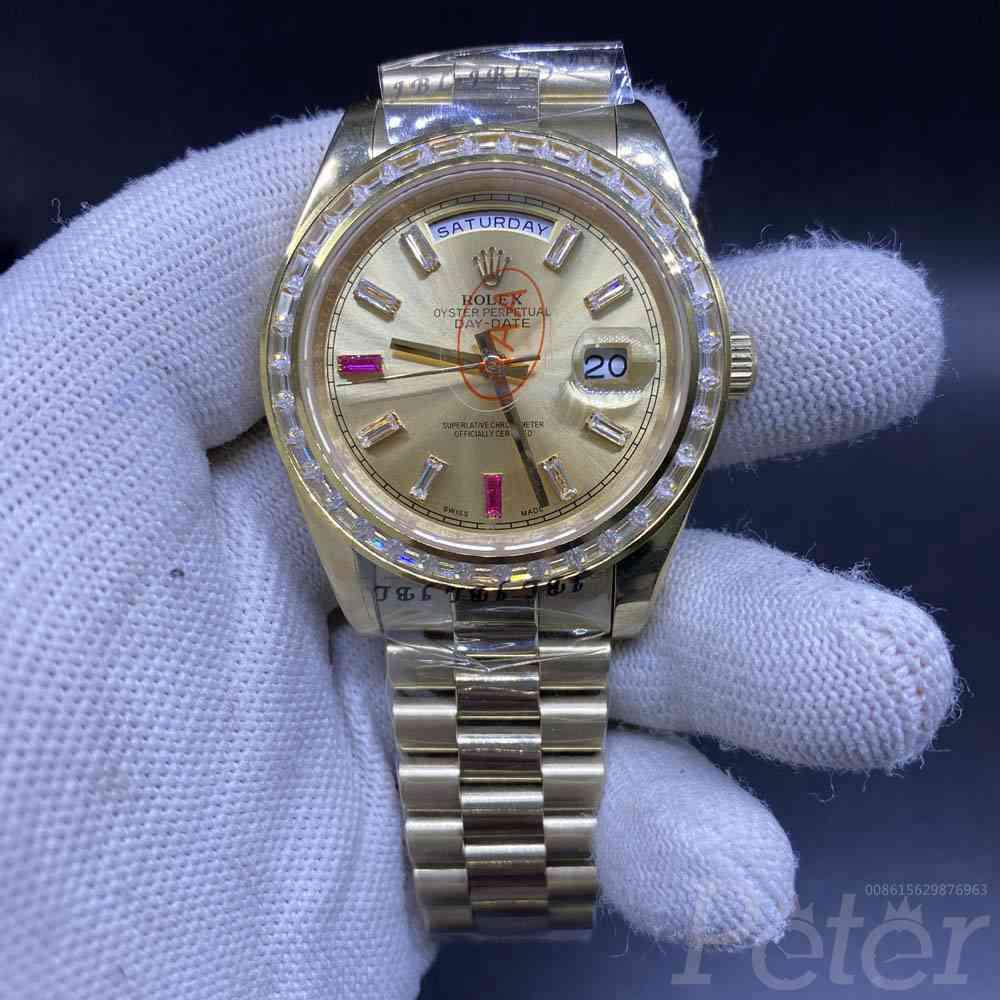 DayDate 40mm baguette diamonds bezel all gold S028