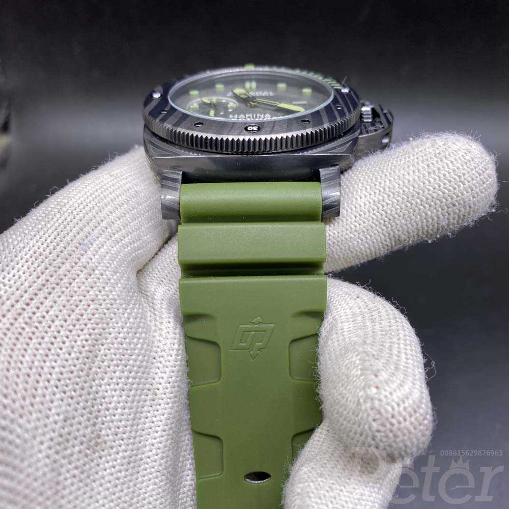 Panerai Marina 47mm black case green rubber strap M060