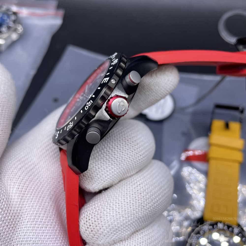 Breitling vk quartz black case 44mm rubber straps M058