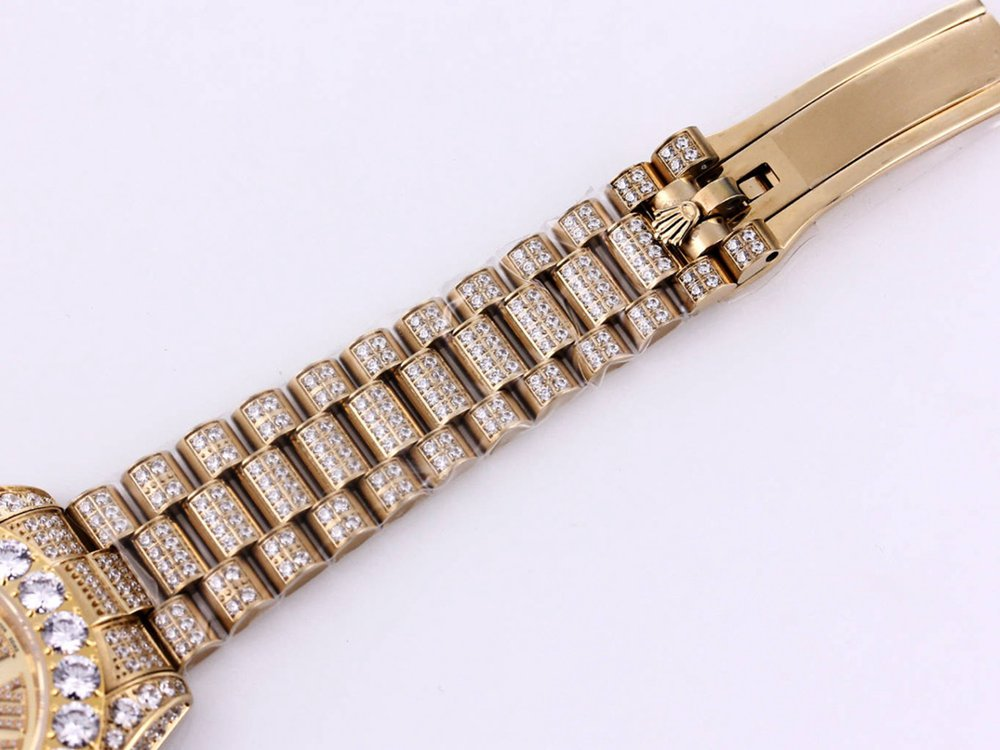 Datejust diamonds gold case 43mm gold dial roman stones numbers M090