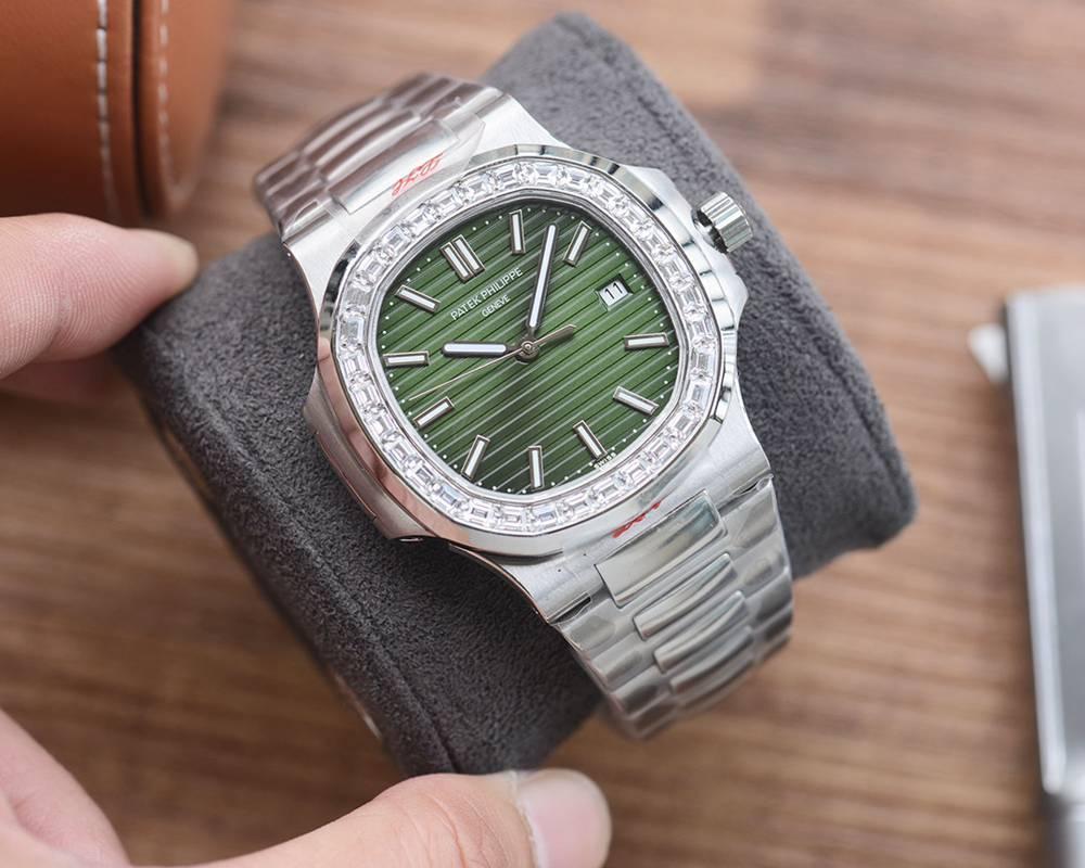 Patek Nautilus 5711 silver case green dial Cal.324 automatic movement WS075