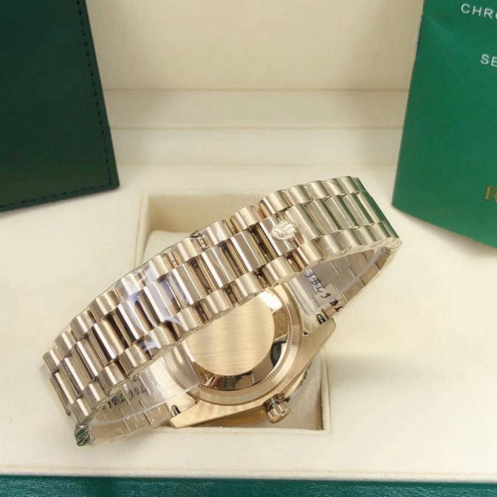 DayDate 36mm gold case diamonds face rainbow stone numbers AAA automatic S