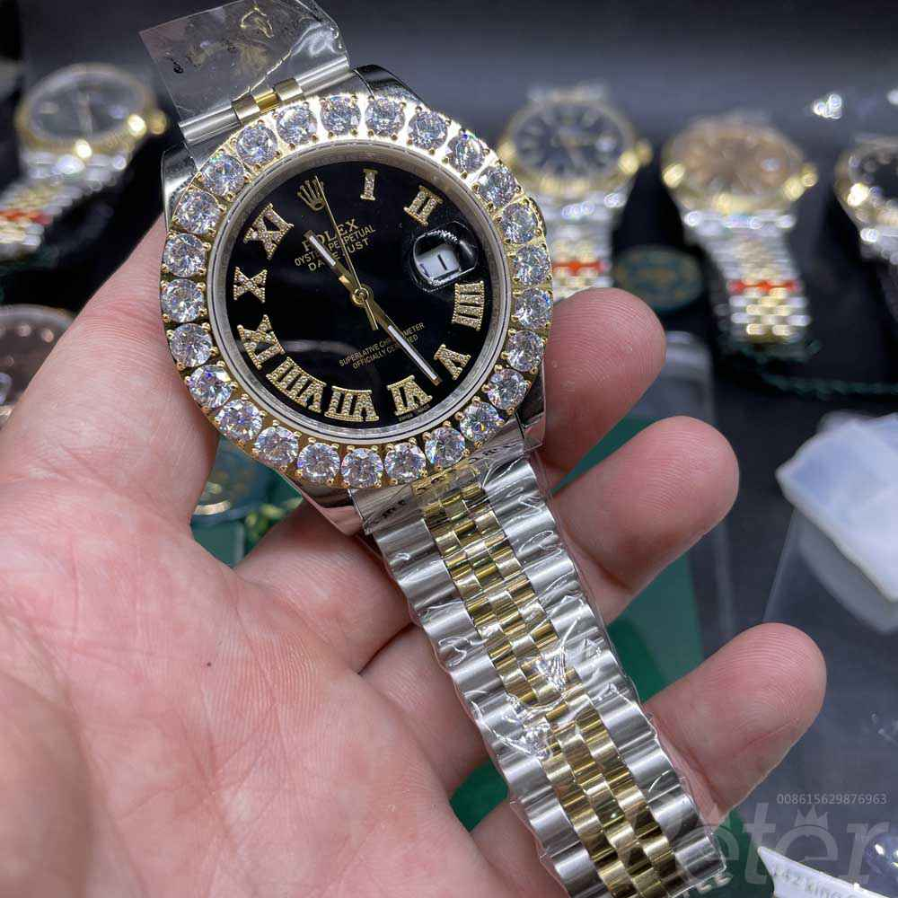 Datejust two tone gold case 43mm black dial prongset diamonds bezel S033