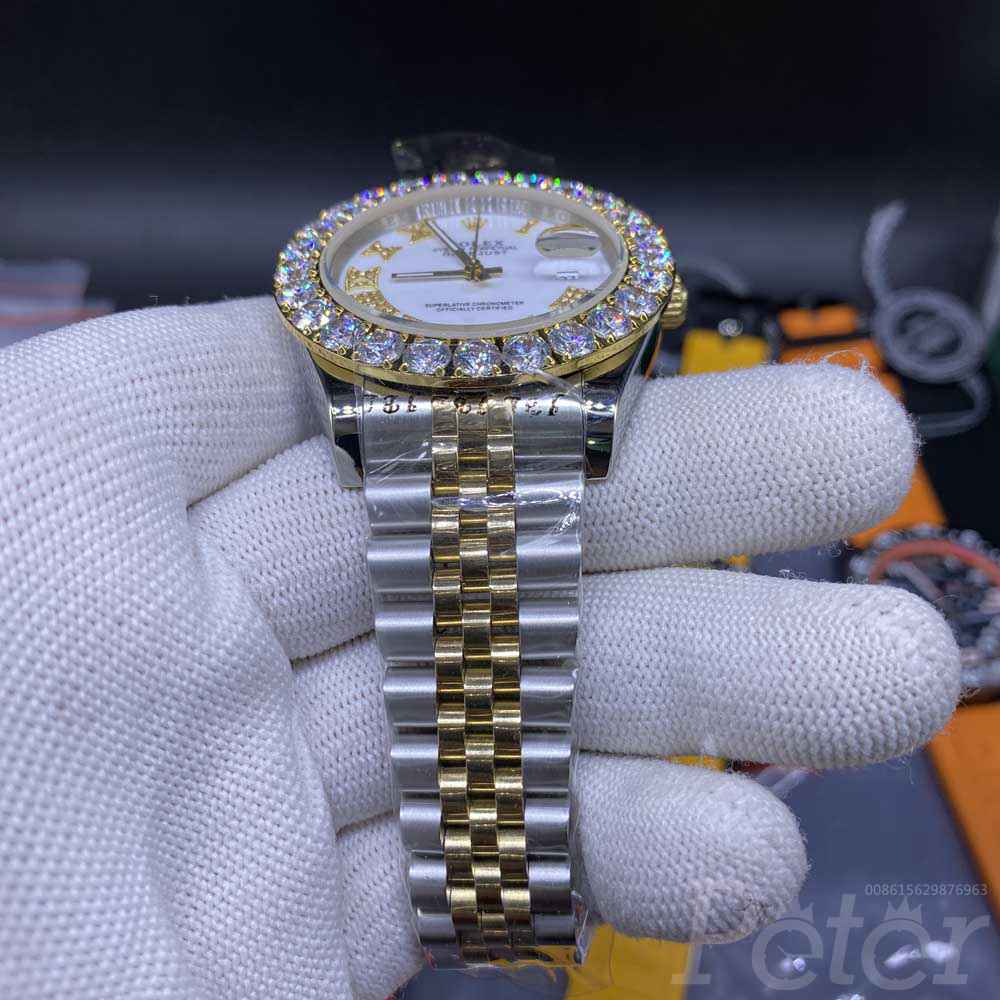 Datejust two tone gold case 43mm white dial prongset bezel jubilee band stones roman S033
