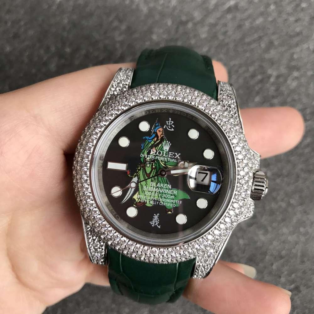 SUB blaken Guanyu dial diamonds silver case green leather strap 2824 movement WT180