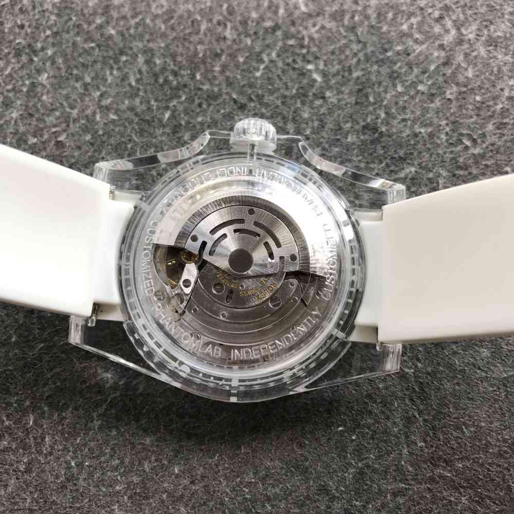 SUB Phantomlab crystal case white rubber strap GF factory 2021 new model 3135 automatic WT220