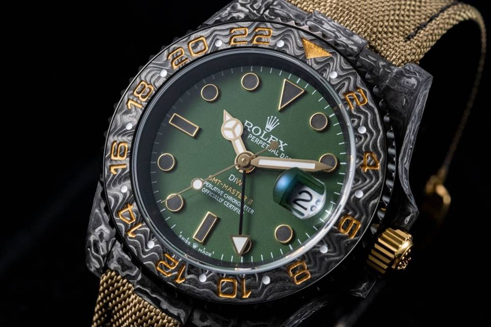 GMT Carbon black case 40mm green dial brown strap JH factory 3186 movement Mxxx
