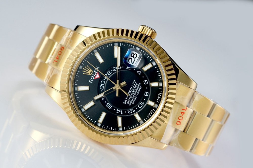 Sky-Dweller gold case 42mm black dial full works 9001 movement high grade M125