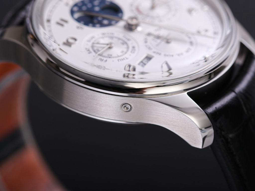IWC Calendar full works silver case 41mm black leather strap white dial Swiss automatic M160