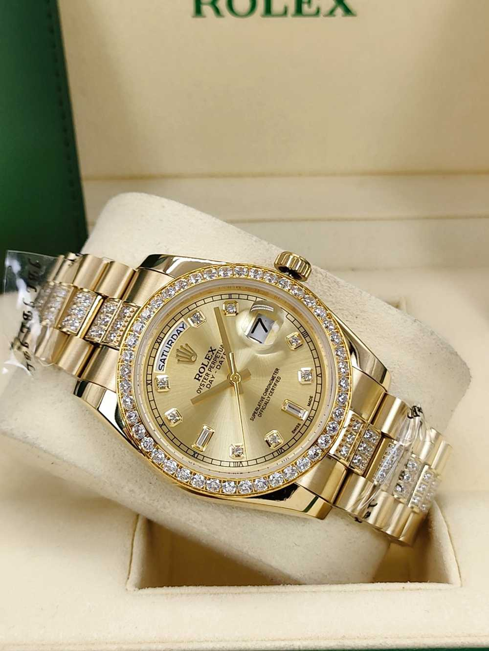 DayDate 36mm AAA automatic gold case gold face stone numbers diamonds strap S040