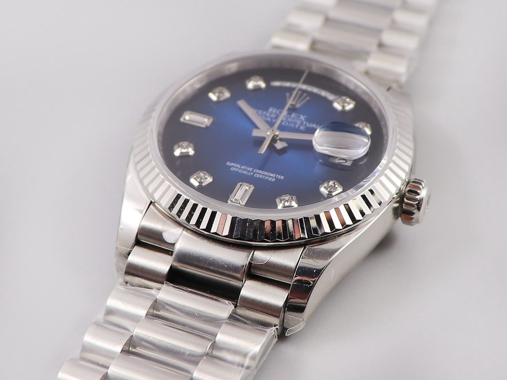 DayDate 36mm EW 3255 automatic silver case blue dial diamonds numbers president band WT135