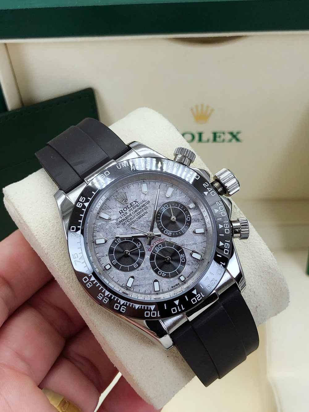Daytona Meteorite dial silver case 40mm black ceramic bezel black rubber strap AAA automatic S