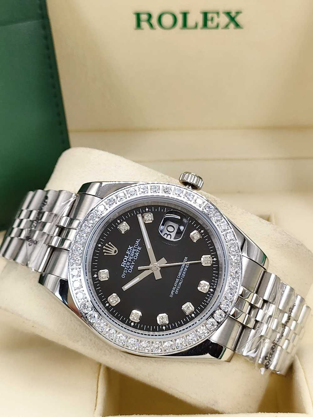 Datejust 41mm diamonds bezel silver case black dial jubilee band stones numbers S